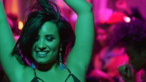 Se filtraron más detalles sobre la descontrolada noche de Demi Lovato antes de la sobredosis: el polémico papel de su círculo más cercano